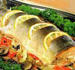 Судак печеный с овощами и сыром
