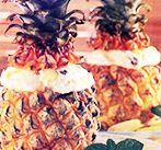 Десерт фруктовый в ананасе