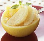 Десерт фруктовый в грейпфруте